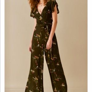 ‼️URBAN OUTFITTERS‼️CHIFFON SHEER FLORAL JUMPSUIT